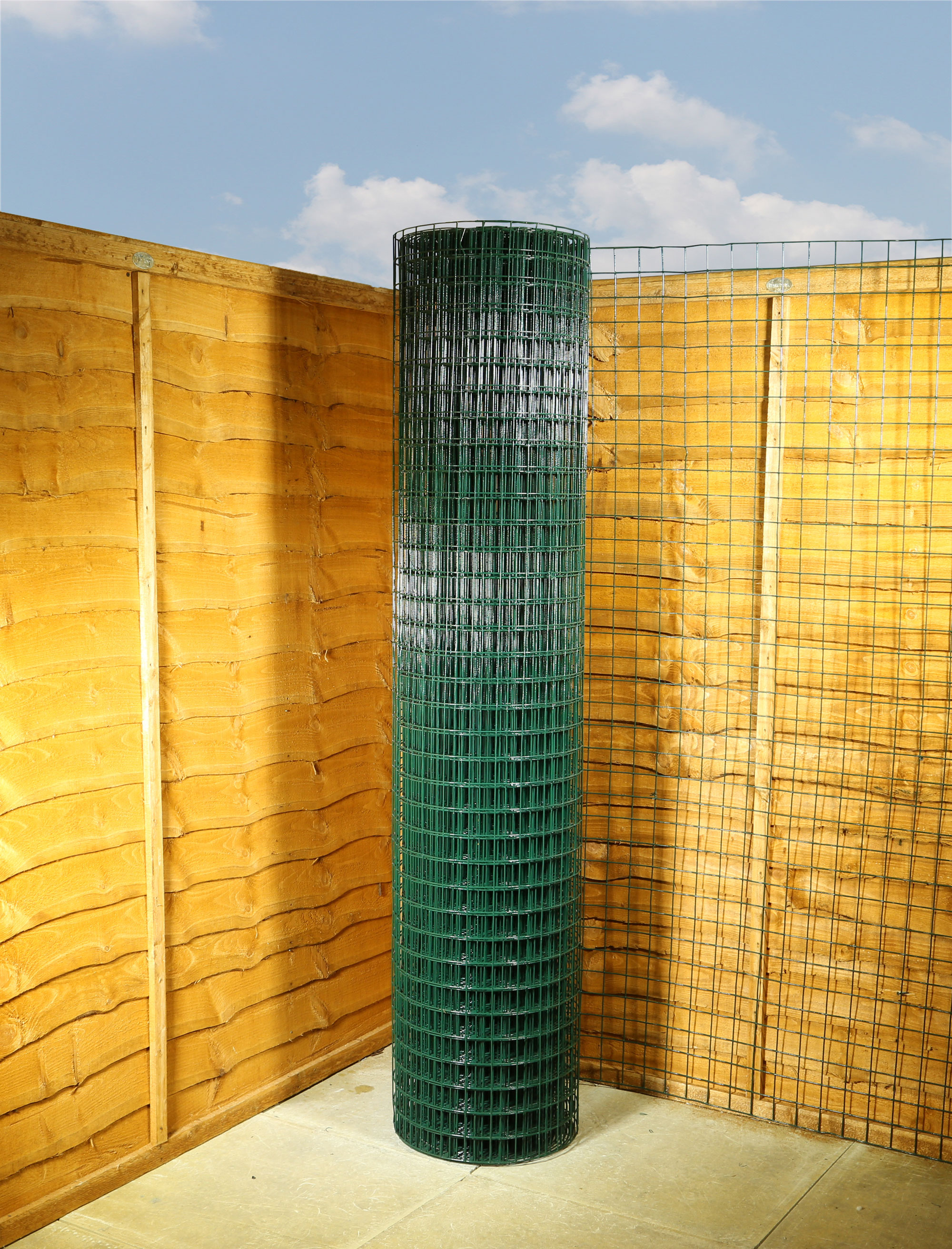 Garden Fencing Green Pvc Wire Mesh 2 X 2 10g 6ft X 25m